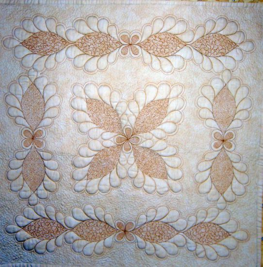Machine Quilting: Feathers and Stippling - Sue Nickels | Quilter ... : stippling a quilt - Adamdwight.com